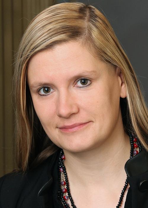 Skottki, Kristin